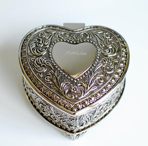 Personalized jewelry box - Antique design heart shaped Engraved trinket box - Vintage jewelry box bridesmaid flower girl gift