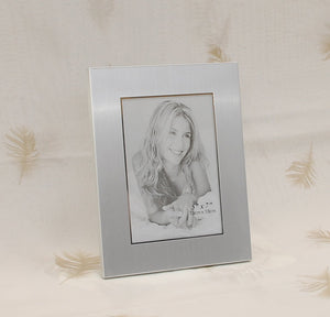 Personalized 5x7 photo frame with wide border - Custom Engraved with text