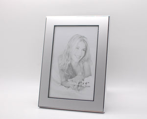 Personalized 4x6 picture frame  -  Engraved photo frame - Silver picture frame with engraving