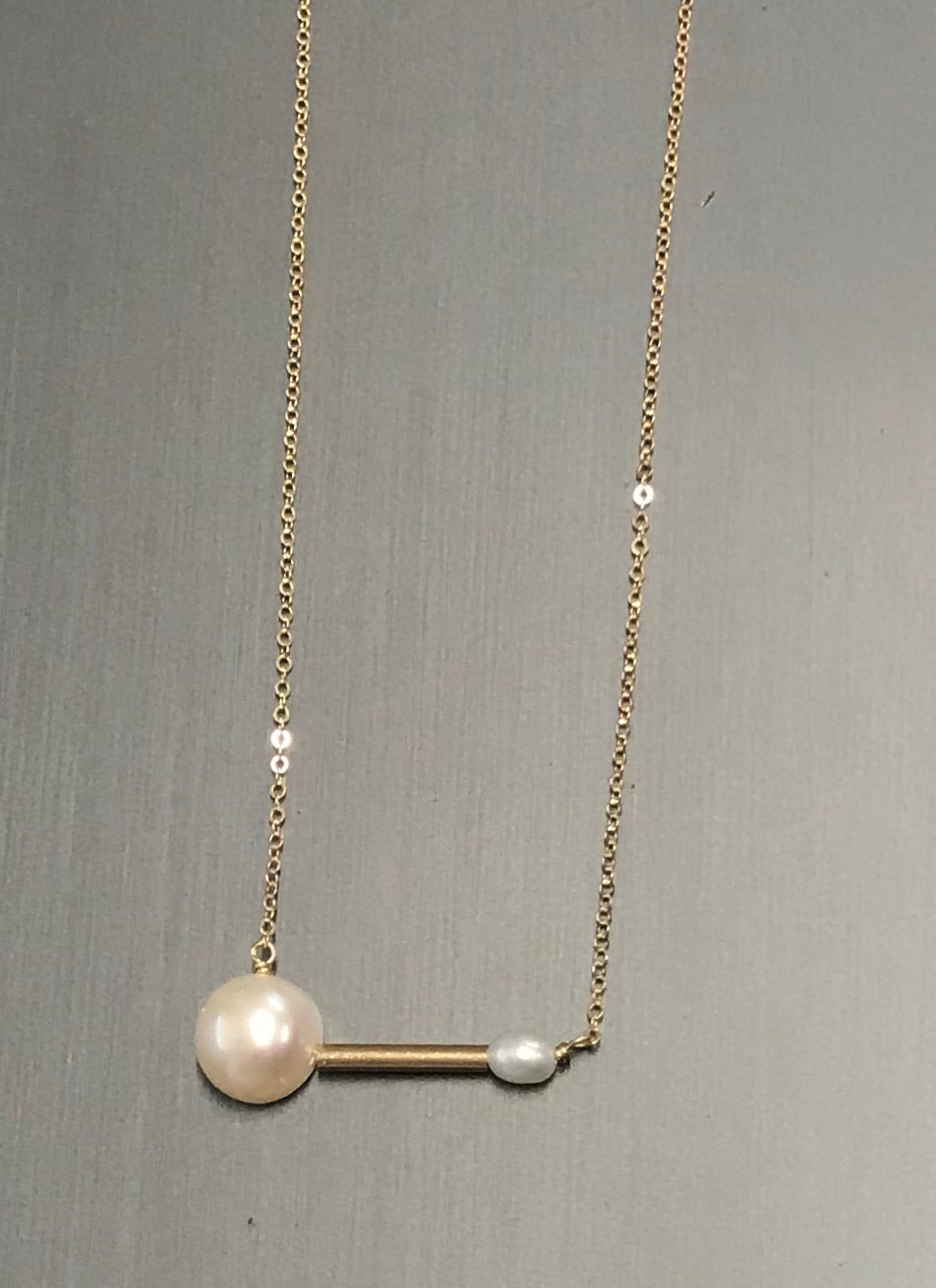 Symmetry Pearl Necklace