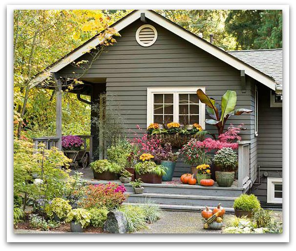 BHG-front-porch-fall-curb-appeal