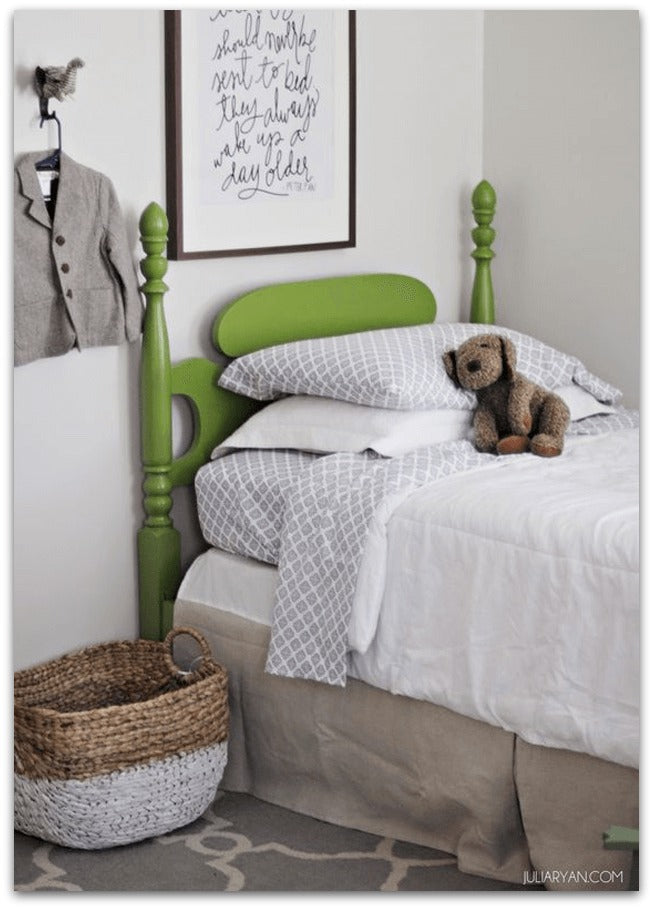 JuliaRyan-boys-bedroom-with-bright-green-wood-bed-pantone-greenery-julia-ryan-designer