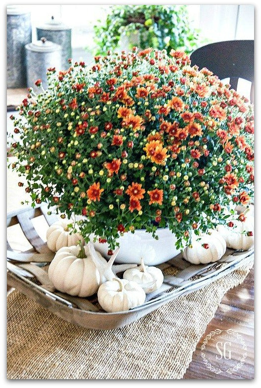 fall-decor-stone-gable-centerpiece-fall