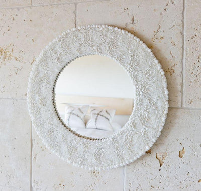Round Clamrose Seashell Framed Wall Mirror