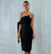 Sydney Dress Black - Overnight Shipping