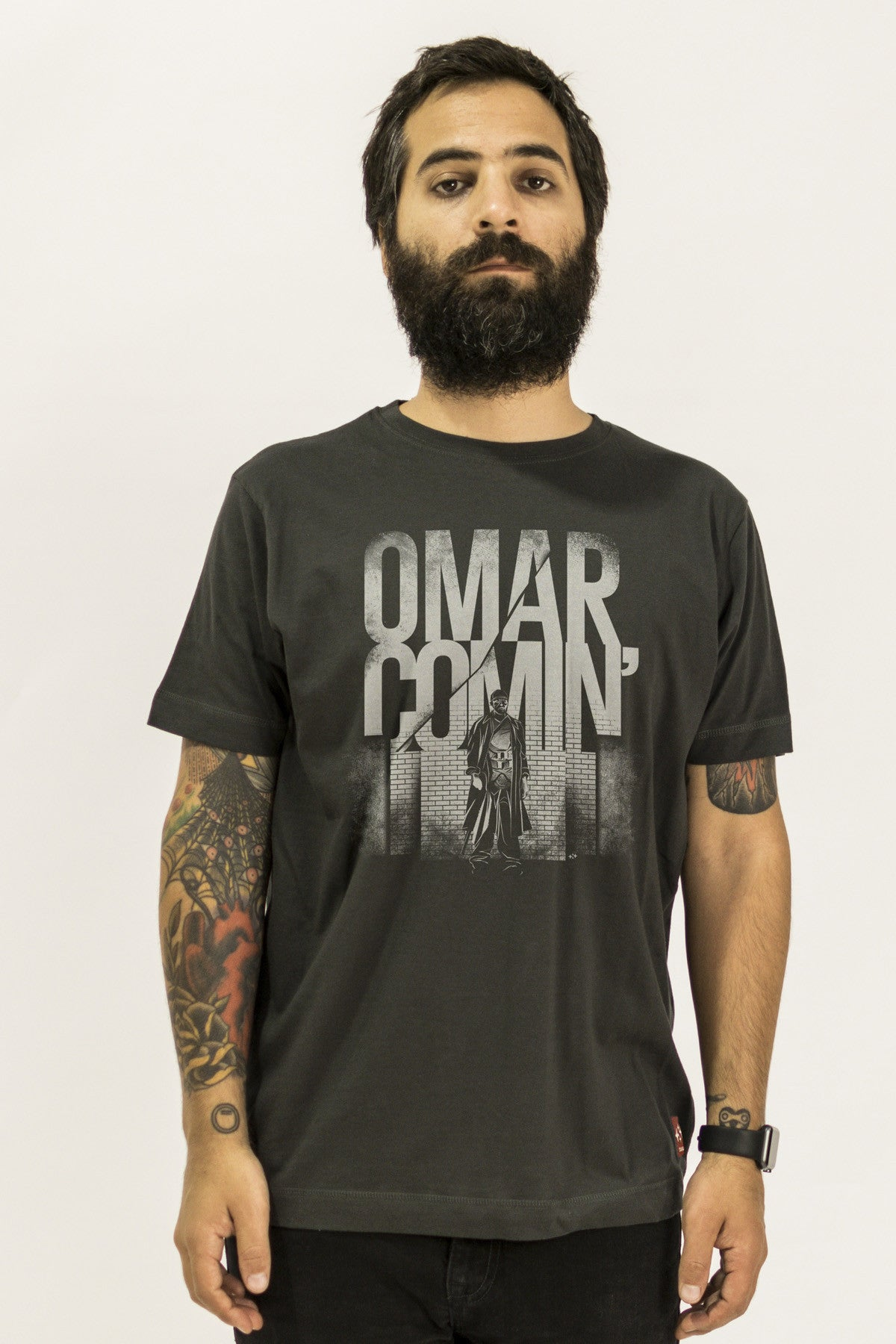 the wire omar is coming tshirt by suxinsu