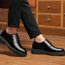 Cargar imagen en el visor de la galería, Brogue Formal Shoes Men Genuine Leather 8/10CM Elevator Shoes Men Business Shoes Scarpe Uomo Wedding Dress Oxford Man Shoe