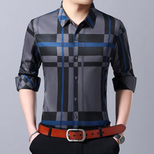 Cargar imagen en el visor de la galería, MIACAWOR 2019 New Men Shirt High Quality Fashion Plaid Casual Shirts Slim Fit Long Sleeve Camiseta Hombre Dress Shirt C433