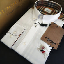 Cargar imagen en el visor de la galería, ICONIC BRITISH MEN LUXURY LONDON FASHION SHIRT WITH TAG AND LOGO (FREE SHIPPING)