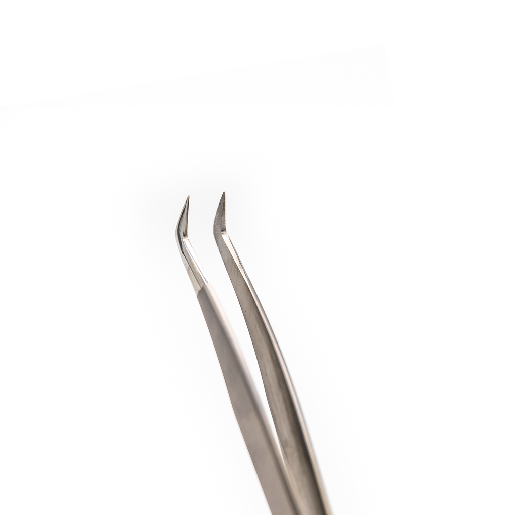Luxury Silver Volume Boot Tweezer