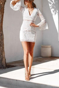 Lace V-Neck Waist Horn Sleeve Bodycon Dresses