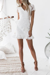 V-Neck Lace Ruffled Short Sleeve Bodycon Dresses