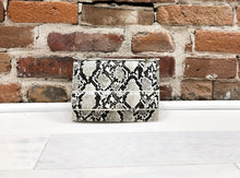 Load image into Gallery viewer, Caroline Purse in White Snake