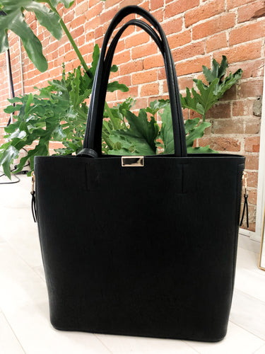 Your Daily Bag in Black