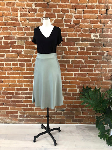 Risa Skirt in Pistachio