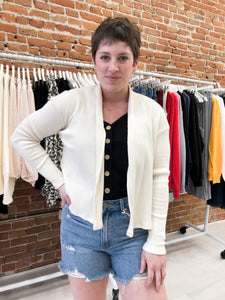 Lohman Ribbed Knit Cardigan in Cream