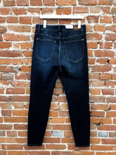Load image into Gallery viewer, Amber Skinny Denim in Dark Wash