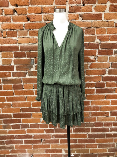 Phoebe Star Dress in Olive
