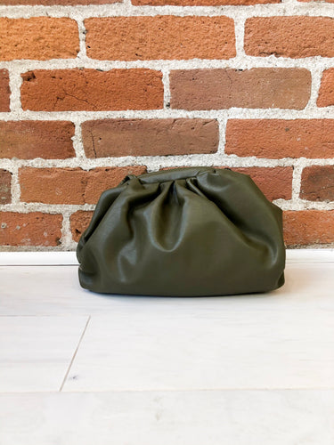 Fajardo Pouch Purse in Olive