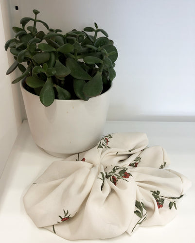 Large Off White Mini Red Flowers Scrunchies