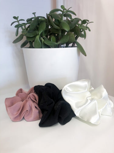 Scrunchie Assortment in Rose, Black and White