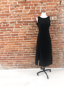 Countryside Dress in Black