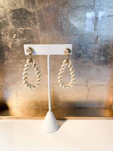 Akina Teardrop Earrings in Pearl