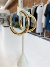 Load image into Gallery viewer, Amanda Hoops in Gold
