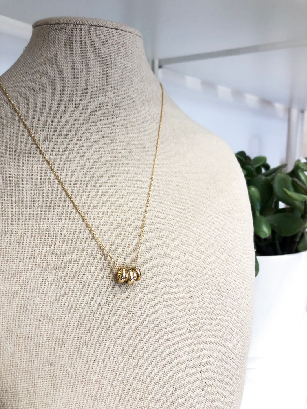 Antoni Necklace in Three Gold Rings