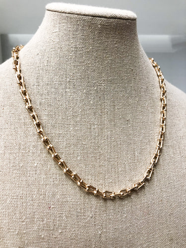 Baby U-Link Chain Choker in Gold