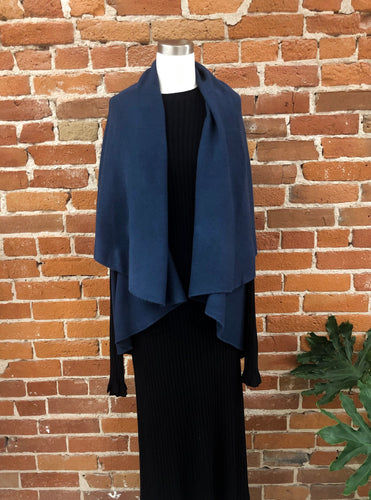 Our Most Favoritest Riverside Shrug
