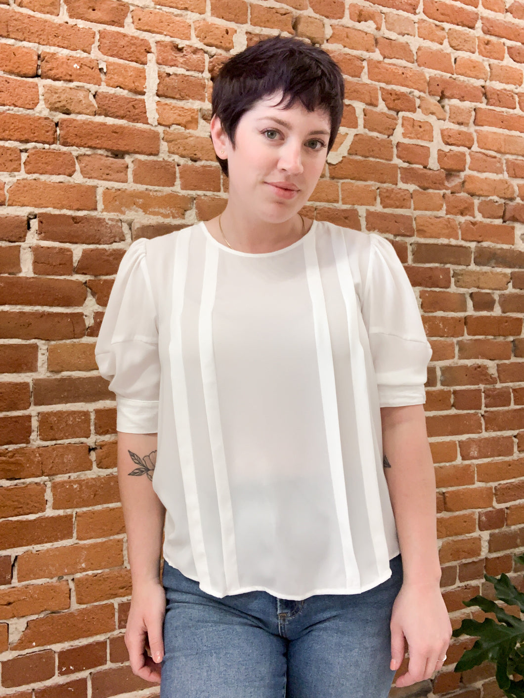 Clemons Pleated Woven Top in White