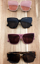 Load image into Gallery viewer, Edie Sunglasses