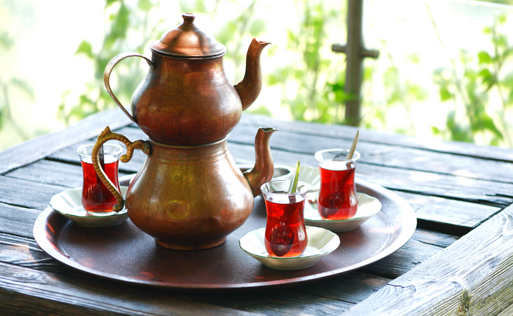 How to Drink Turkish Tea