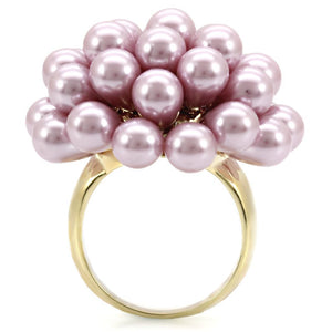 1W051 - Gold Brass Ring with Synthetic Pearl in Light Amethyst
