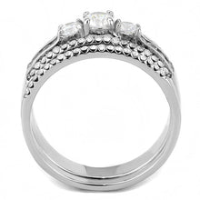 Load image into Gallery viewer, DA062 - High polished (no plating) Stainless Steel Ring with AAA Grade CZ  in Clear