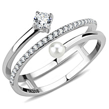 Load image into Gallery viewer, DA134 - High polished (no plating) Stainless Steel Ring with AAA Grade CZ  in Clear