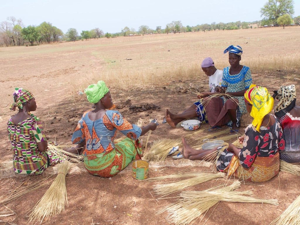African weaving group