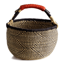 Load image into Gallery viewer, Large round basket from Bolgatanga, blue and natural colors, diamond pattern