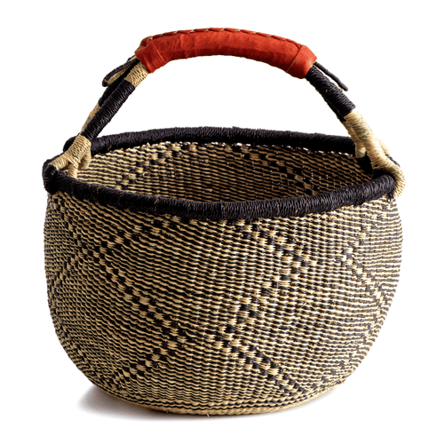 Large round basket from Bolgatanga, blue and natural colors, diamond pattern