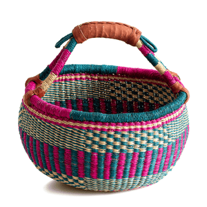 Medium round basket from Bolgatanga, with bright pink color