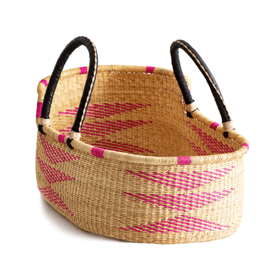 Moses basket for newborn, in hot pink and natural colors