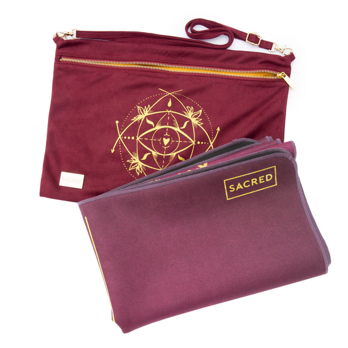 ULTRALIGHT TRAVEL MAT / MAT TOPPER — BURGUNDY