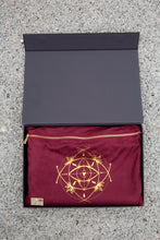 TRAVEL MAT / MAT TOPPER — BURGUNDY