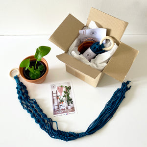 D.I.Y. Macrame Plant Hanger Kit - Mini with pot