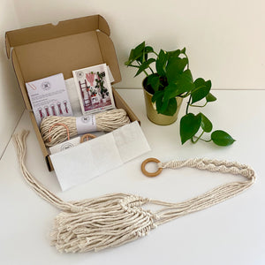 D.I.Y. Macrame Plant Hanger Kit with Fringing