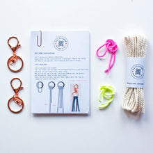 Load image into Gallery viewer, D.I.Y. Macrame Keyring