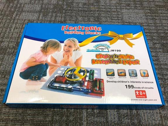 Educational Electronics Discovery Kit
