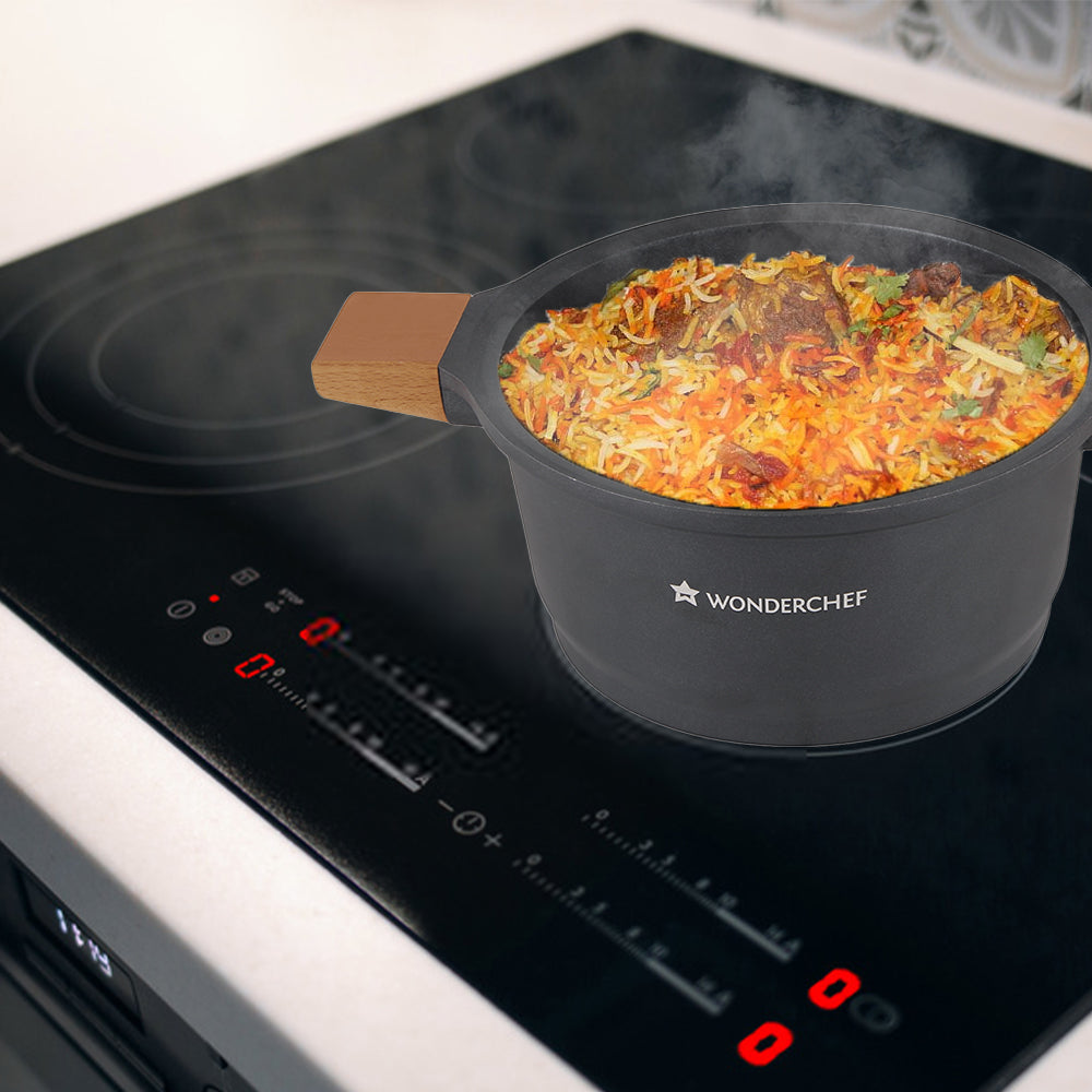Wonderchef Caesar Aluminium Nonstick Casserole, 5mm, Black
