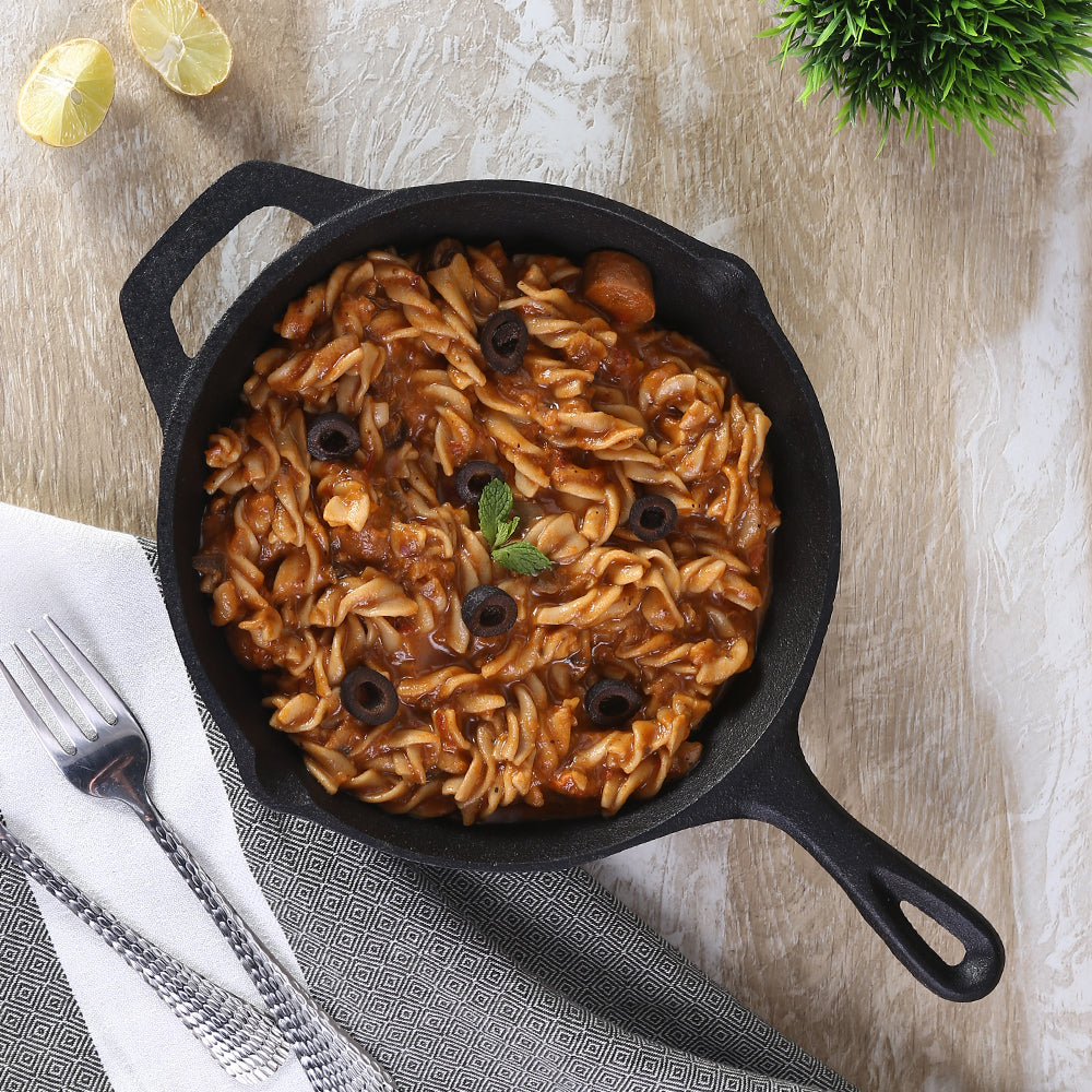 Forza Cast-Iron Fry Pan, Pre-Seasoned Cookware, Induction Friendly, 20cm, 3.8mm